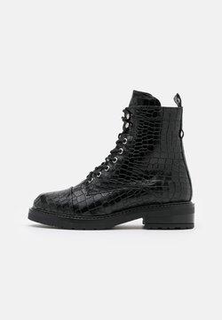 Pavement - CHARLEY - Veterboots - black