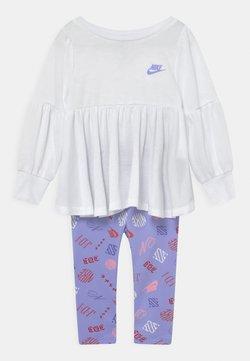 Nike Sportswear - ICONCLASH SET - Leggings - purple pulse
