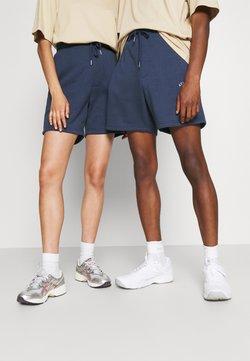 Jack & Jones - JJITOBIAS  UNISEX - Shorts - spellbound