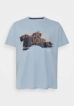Jack & Jones - JCOHOLE TEE CREW NECK - T-Shirt print - dusty blue