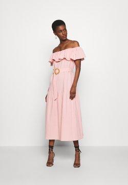 Missguided Tall - BARDOT TIERED SMOCK MIDI DRESS - Sukienka letnia - blush