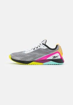 Reebok - NANO X1 GRIT - Kuntoilukengät - footwear white/core black/pursuit pink