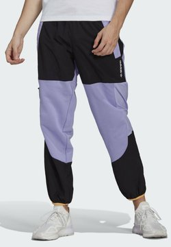adidas Originals - ADV BLK PNT ADVENTURE ORIGINALS REGULAR TRACK PANTS - Jogginghose - purple