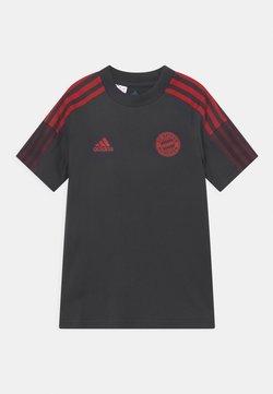 Abbigliamento ufficiale del Bayern Monaco | Disponibile su Zalando