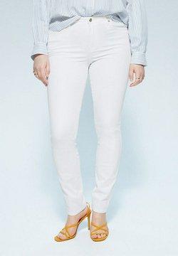 Violeta by Mango - VALENTIN - Jeans Slim Fit - weiß
