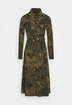 Desigual - VEST MONTSE - Sukienka letnia - verde militar