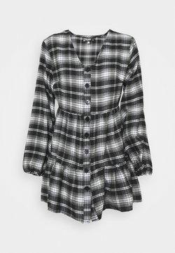 Missguided Petite - BUTTON SMOCK DRESS CHECK - Freizeitkleid - black