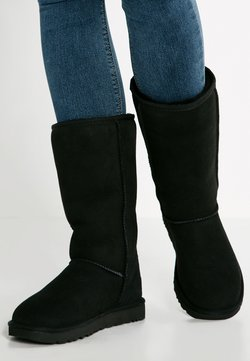 UGG - CLASSIC II - Stiefel - black