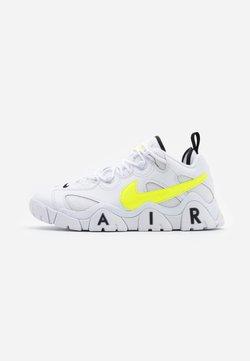 Nike Sportswear - AIR BARRAGE  - Sneakersy niskie - white/volt/black