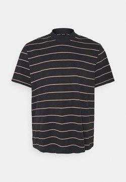 Only & Sons - ONSALAN LIFE REG MOCK NECK TEE  - T-Shirt print - dark navy
