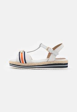 TOM TAILOR DENIM - Korkeakorkoiset sandaalit - offwhite