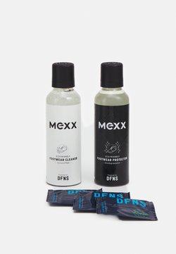 Mexx - FOOTWEAR CARE KIT SET - Verzorgingsproducten - white