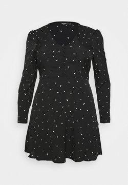 Missguided Plus - PLUS SIZE BUTTON LS DALMATIAN TEA DRESS - Freizeitkleid - black
