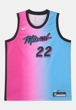 Nike Performance - NBA CITY EDITION MIAMI HEAT JIMMY BUTLER UNISEX - Fanartikel - pink/blue