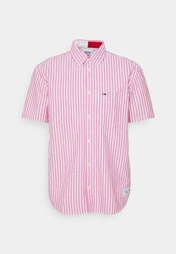 Tommy Jeans - STRIPED SHORT SLEEVE - Hemd - pink