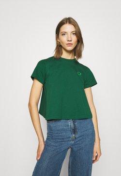 adidas Originals - BELLISTA SPORTS INSPIRED SHORT SLEEVE TEE - T-shirt z nadrukiem - dark green