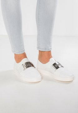 Calvin Klein - ILONA - Loaferit/pistokkaat - platinum white