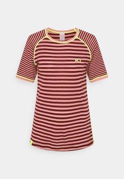 Kari Traa - SMALE TEE - T-Shirt print - bordeaux