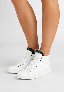 Calvin Klein - SOLEDAD - Sneakers hoog - white