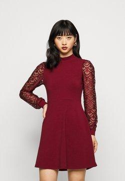 ONLY Petite - ONLMILLE LIFE MIX DRESS - Jerseyklänning - pomegranate