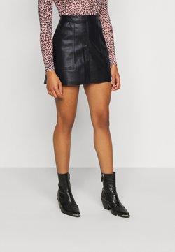 Vero Moda Petite - VMSYLVIA SHORT SKIRT - Minifalda - black