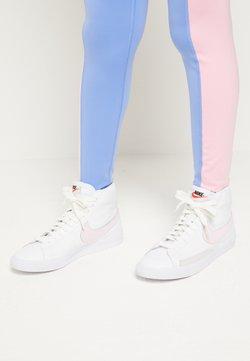Nike Sportswear - BLAZER MID - Sneakersy wysokie - white/pink foam
