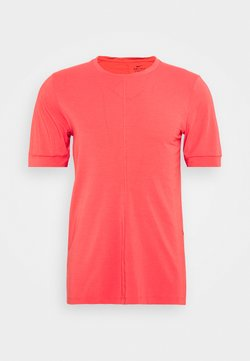 Nike Performance - DRY YOGA - T-Shirt basic - fusion red