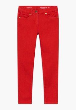 J.CREW - RUNAROUND COLORED  - Slim fit jeans - bright cerise