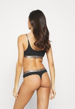 Calvin Klein Underwear - THONG - String - black