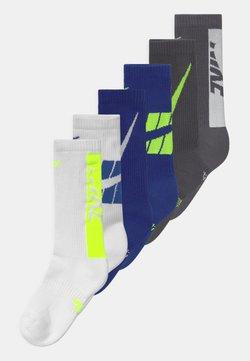 Nike Sportswear - EVERYDAY CUSHIONED CREW 6 PACK UNISEX - Calze - white/blue