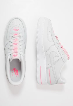 Nike Sportswear - AIR FORCE 1 LV8 3 - Sneaker low - photon dust/digital pink/white