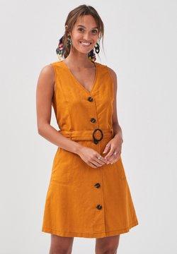 Cache Cache - MIT KNÖPFEN - Vestido camisero - mustard yellow
