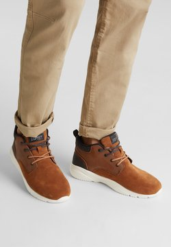 Esprit - Sneaker low - toffee