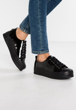 Calvin Klein Jeans - ZOLAH - Sneaker low - black