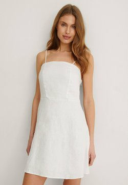 NA-KD - Cocktailkleid/festliches Kleid - white