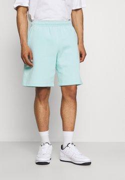 Nike Sportswear - CLUB - Shorts - light dew