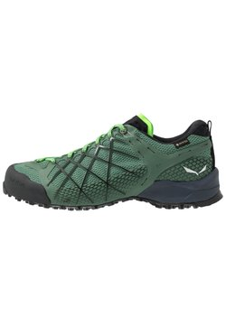Salewa - MS WILDFIRE GTX - Hiking shoes - myrtle/fluo green
