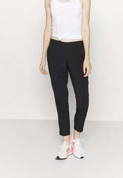 Casall - CLASSIC SLIM PANTS - Ulkohousut - black
