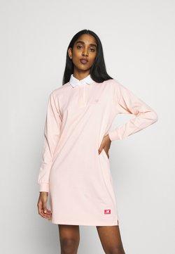 New Balance - ATHLETICS DRESS - Robe d'été - peach