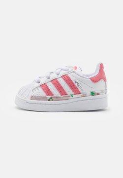 adidas Originals - SUPERSTAR UNISEX - Sneaker low - footwear white/hazy rose