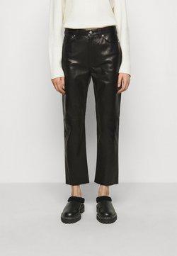 Iro - GNEISS TROUSERS - Pantalon en cuir - black