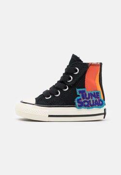 Converse - CHUCK 70 INFANTSPACE JAM UNISEX - Sneakers high - black
