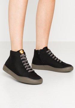 Camper - PEU TOURING - Höga sneakers - black