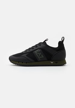 EA7 Emporio Armani - Sneaker low - triple black/grape