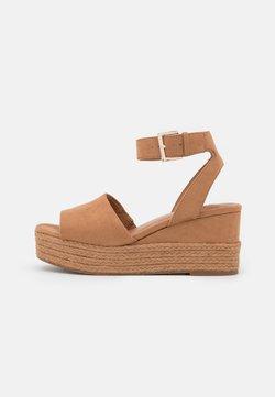 Call it Spring - LILLIAN - Korkeakorkoiset sandaalit - light brown