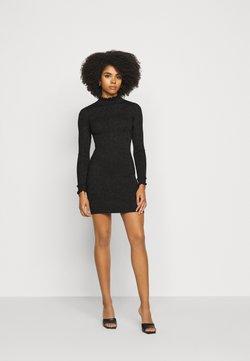 Fashion Union Petite - ASHLEE - Gebreide jurk - black