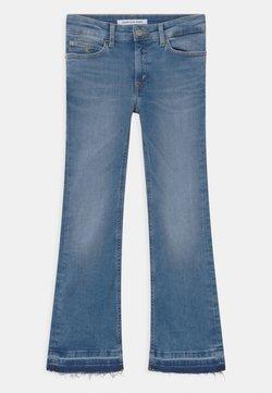 Calvin Klein Jeans - FLARE INFINITE  - Bootcut-farkut - denim