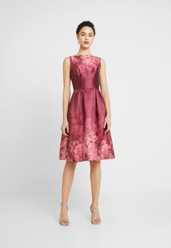 Chi Chi London - SADY DRESS - Cocktail dress / Party dress - burgundy