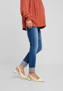 MAMALICIOUS - MLTURIN PEARL ANKLE - Slim fit jeans - dark blue denim