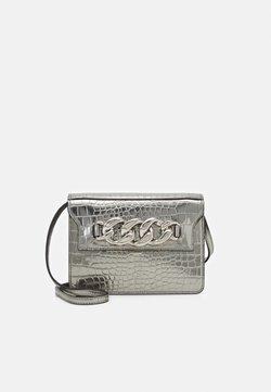 N°21 - DAFT BAG - Umhängetasche - silver